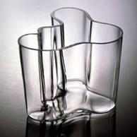 vase savoy iittala glass vase 1937 products designindex. Black Bedroom Furniture Sets. Home Design Ideas